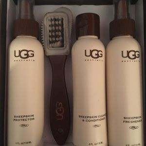 UGG Shoes - Ugg cleaning and protection kit